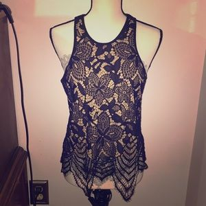 NWT express black and nude crop top sz M